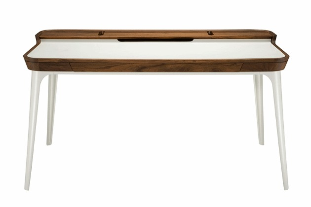 Airia Desk by HermanMiller