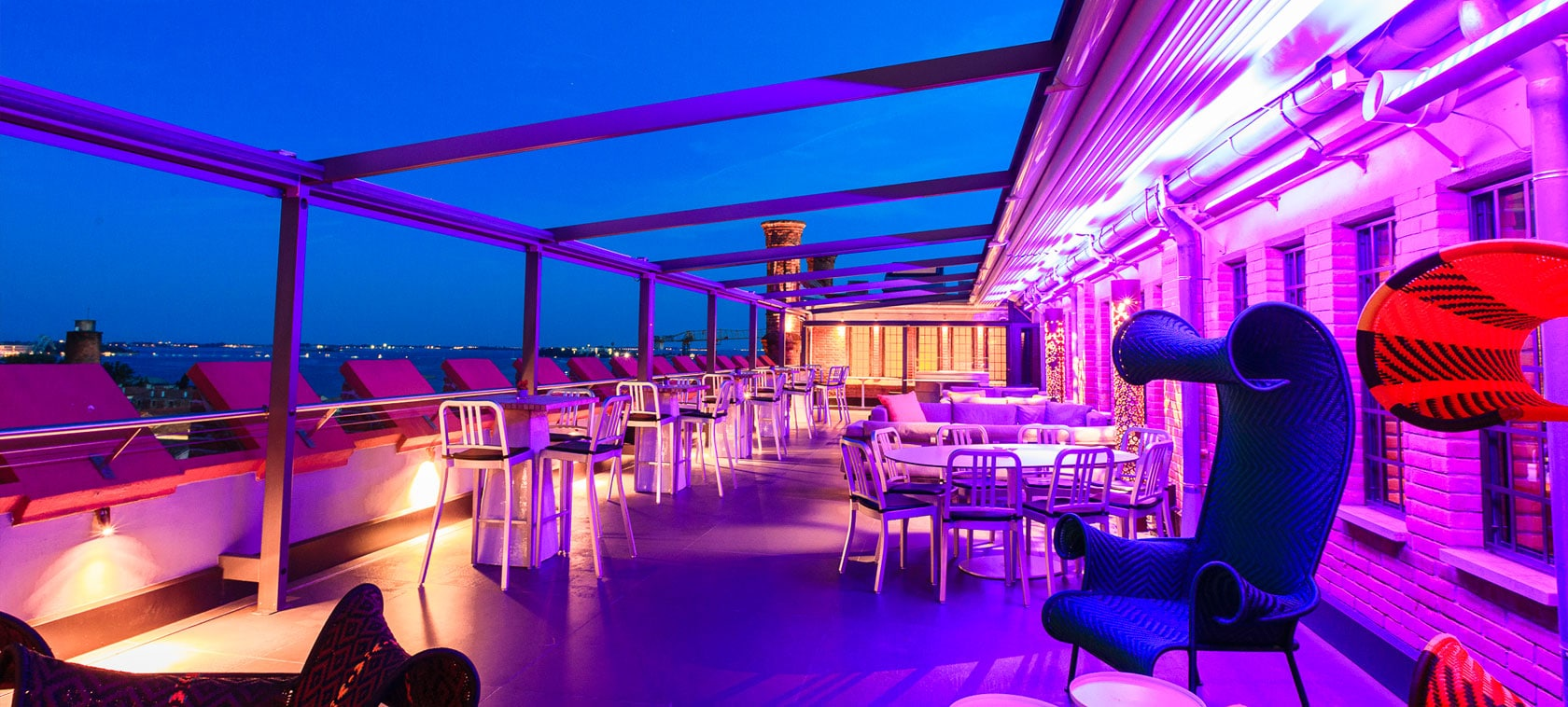 The World S Best Rooftop Bars Man Of Many