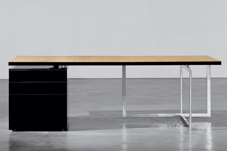 executive desk2