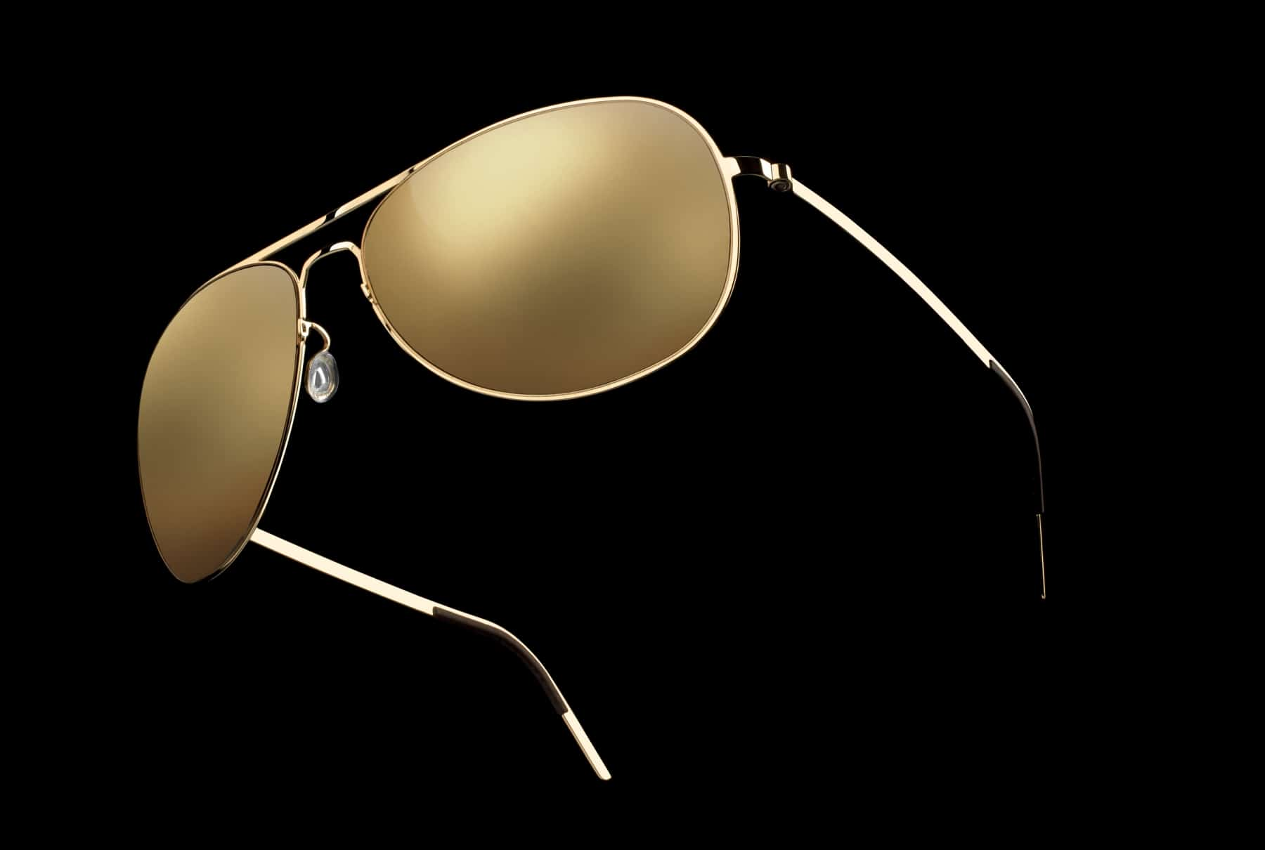 lindbergs  solid gold sunglasses man