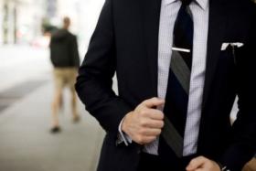 5 ways to look wealthy with men's jewellery