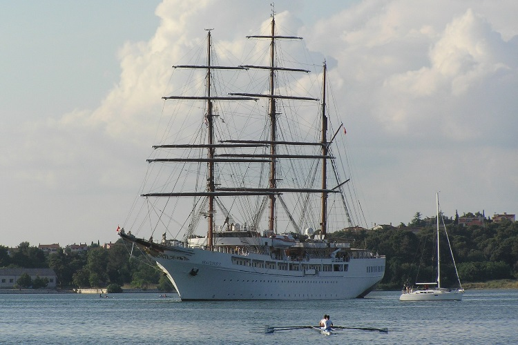 sea cloud wooden boat