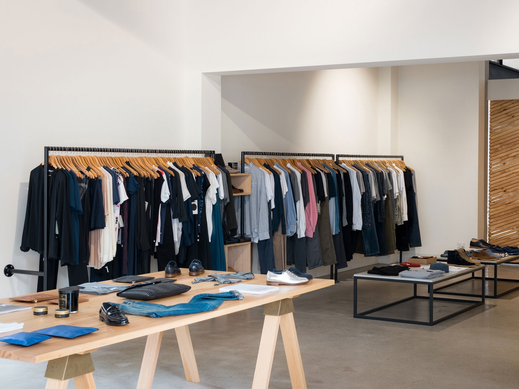 The_Stables_Retail_Interior_2