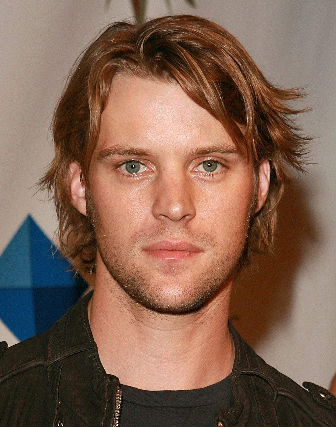 shaggy hairstyle jesse spencer