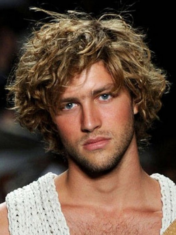 medium length hairstyles for men curly