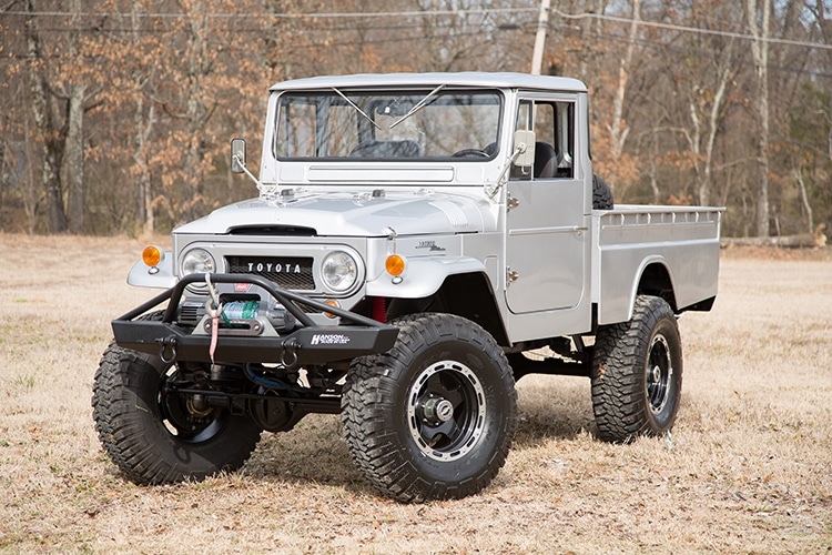 1965 front view toyota