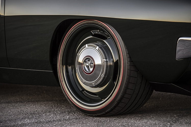 1972 dodge charger defector tire