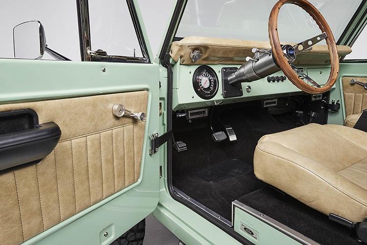 classic ford bronco door interior