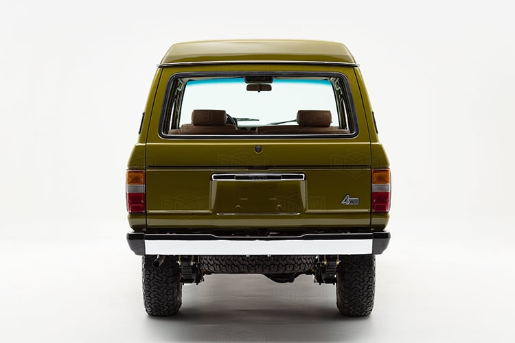 back view land cruiser fj62