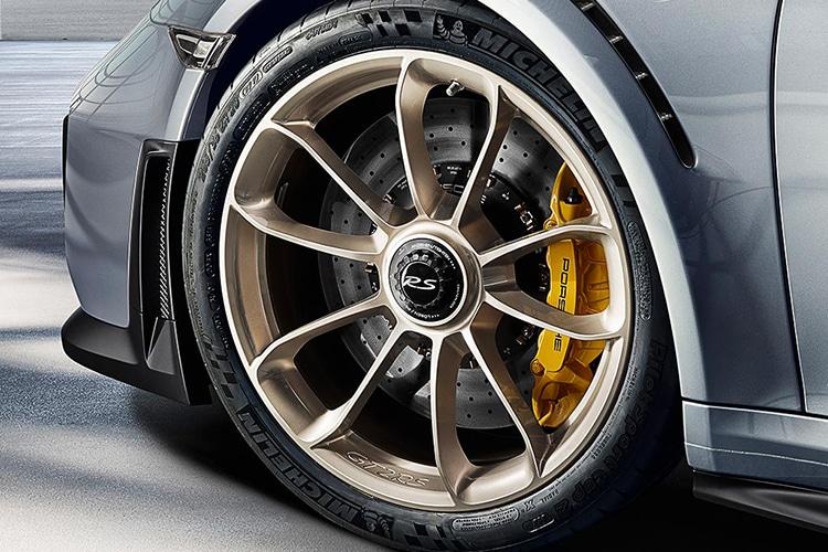 porsche 911 ever gt2 rs wheel