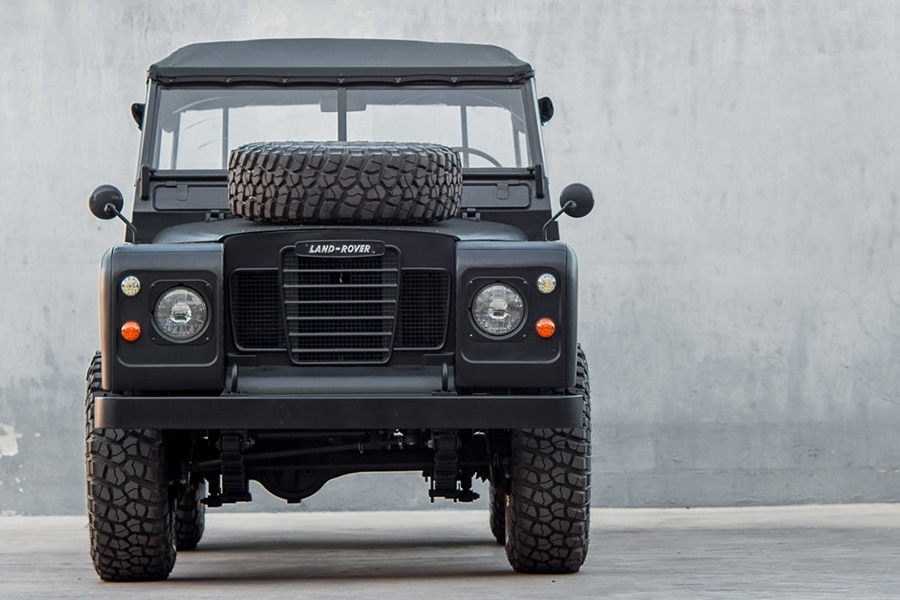 front view blacked-out defender
