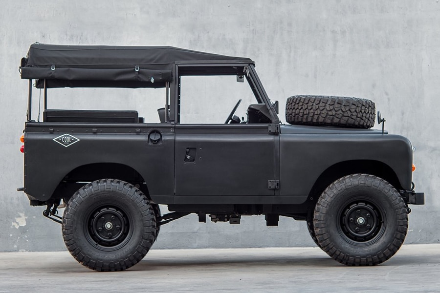blacked out defender full view