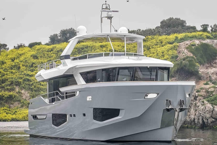 numarine 26xp high speed yacht front