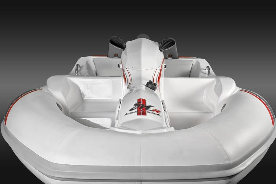 seakart 335 watercraft front view