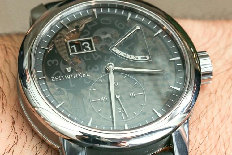 zeitwinkel 273° saphir fumé watch
