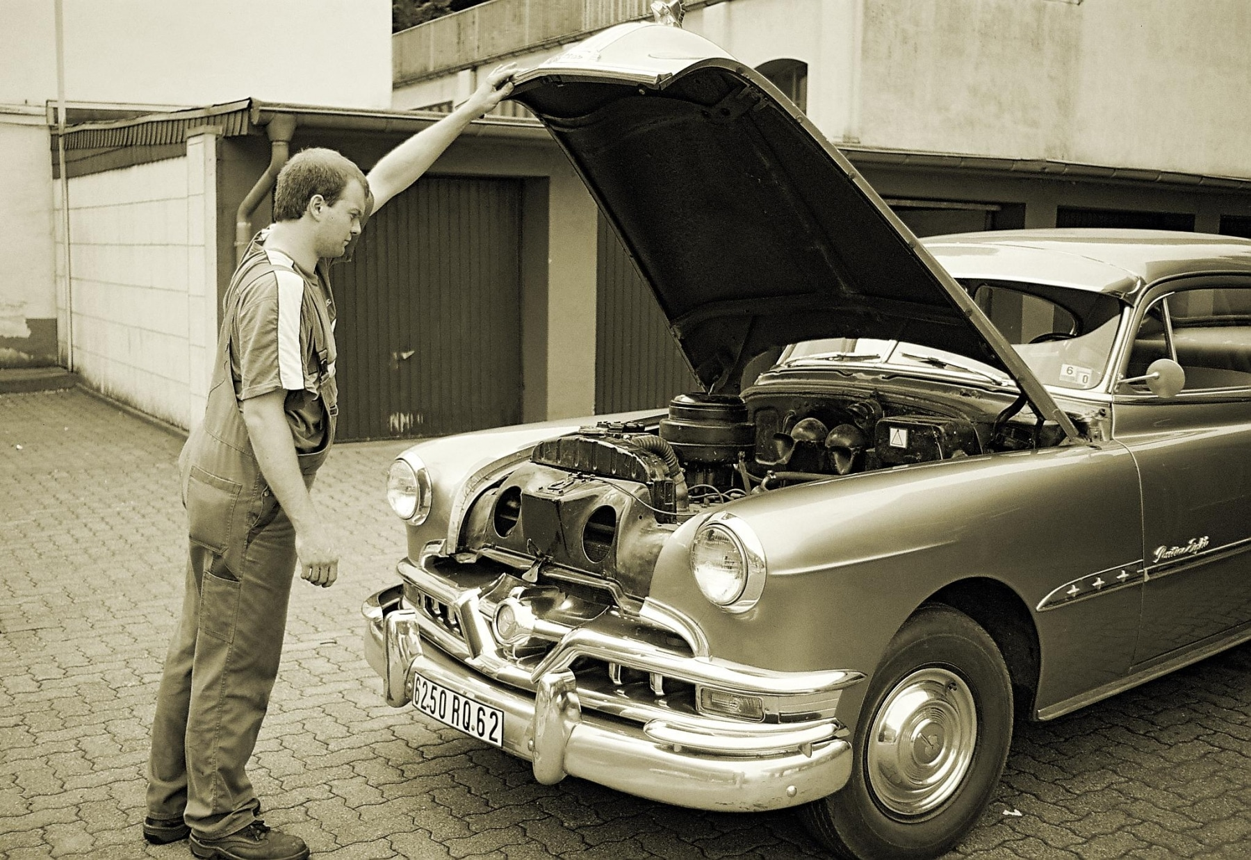 consulting an auto specialist