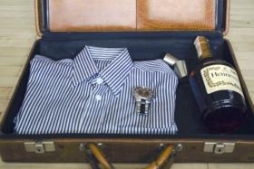 fold a dress shirt for travel
