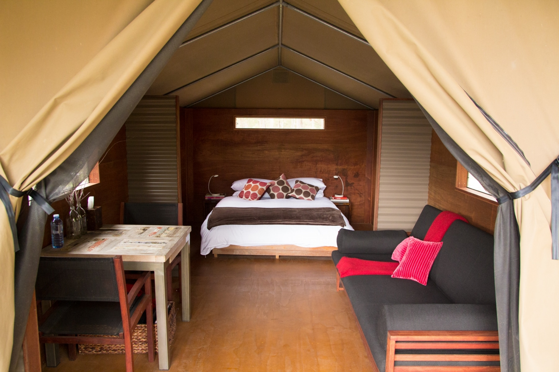 glamping luxury meets nature bedroom