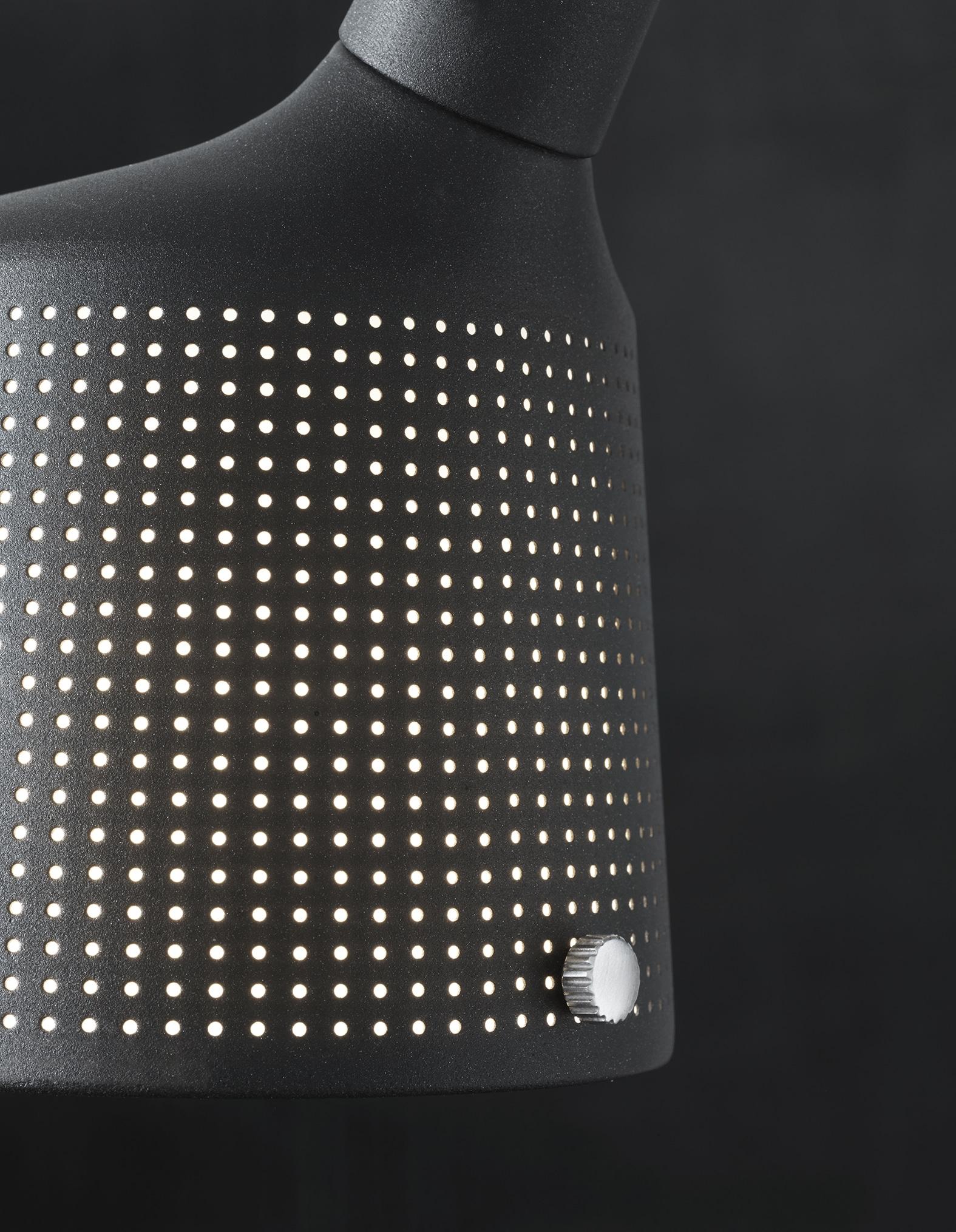 vipp black lamp detail low