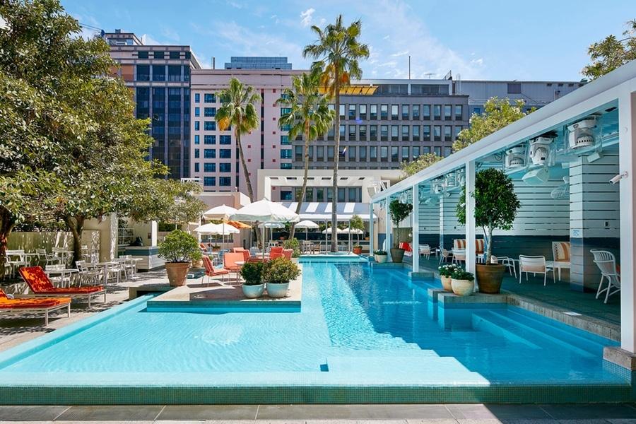 ivy pool club