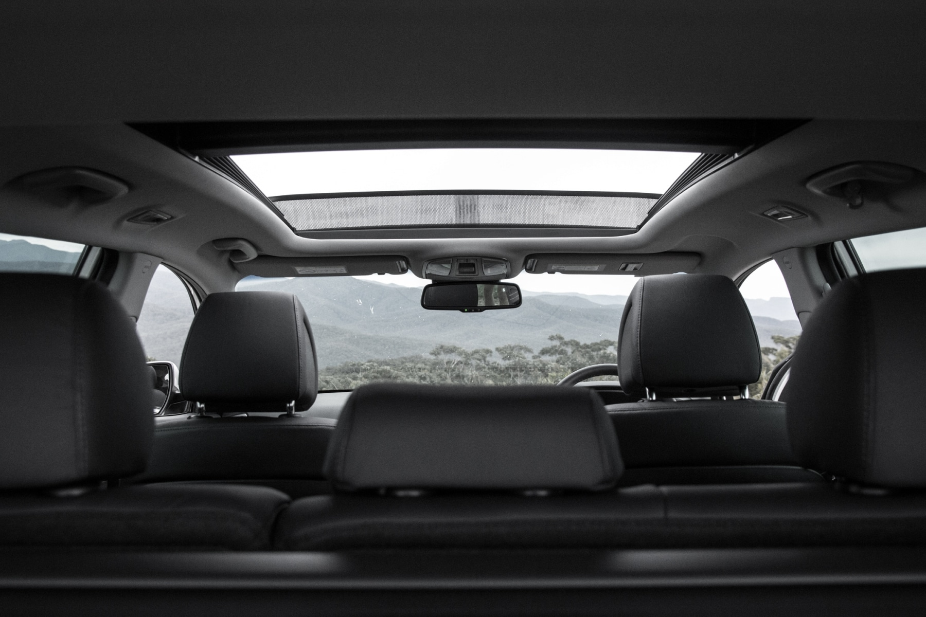 interior of hyundai tucson suv