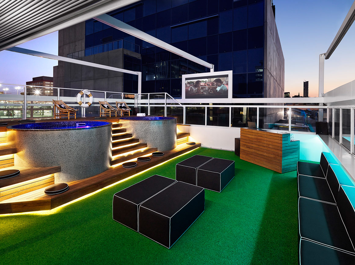 11 Best Rooftop Bars in Brisbane | Man of Many