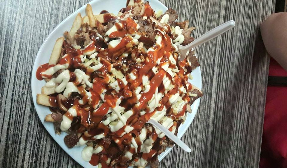 Top 10 Halal Snack Packs in Sydney | Man of Many