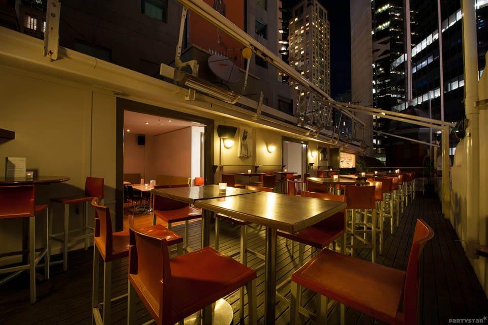 metropolitan hotel bar