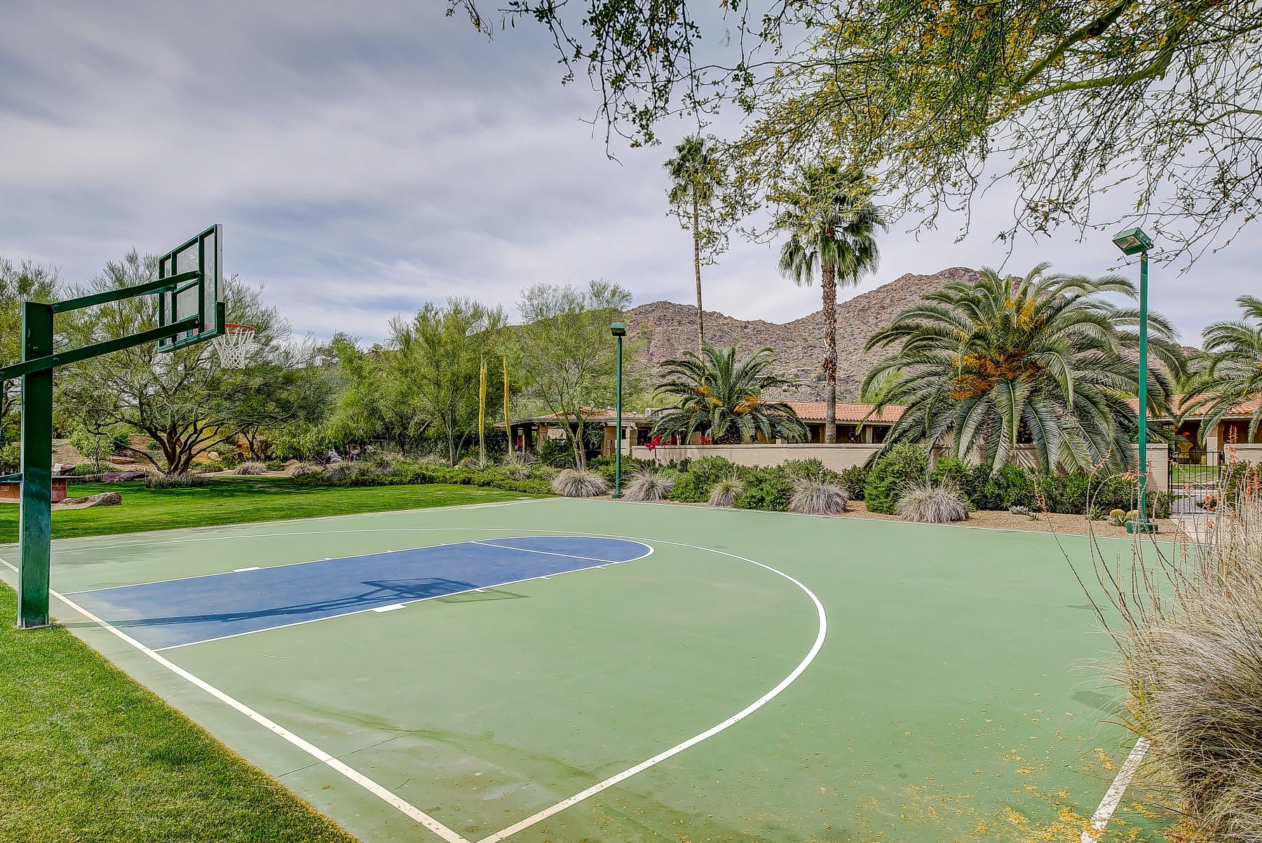 paradise valley basketball court