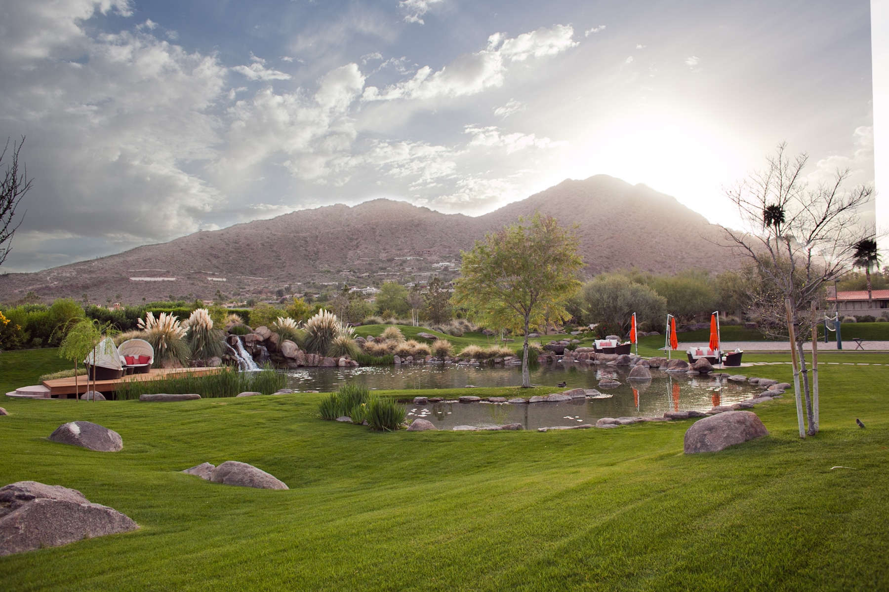 paradise valley hill
