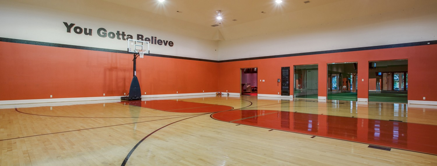 Putting The Air In Airbnb 7 Places To Stay With A Basketball Court Man Of Many