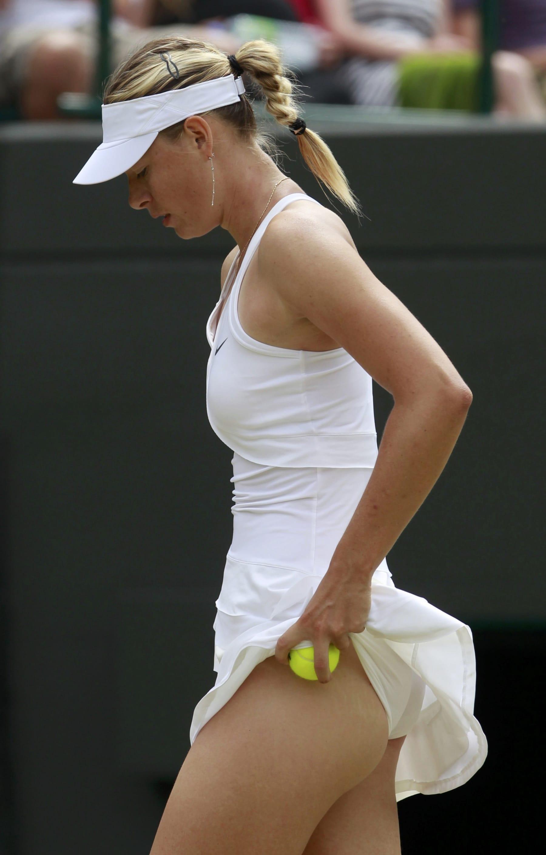 maria sharapova do not get panties bunch