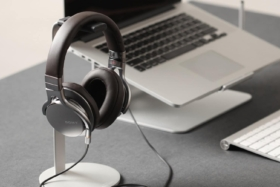 new 18 best headphone stands