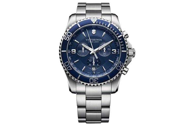 victorinox men 241689 maverick stainless steel bracelet watch