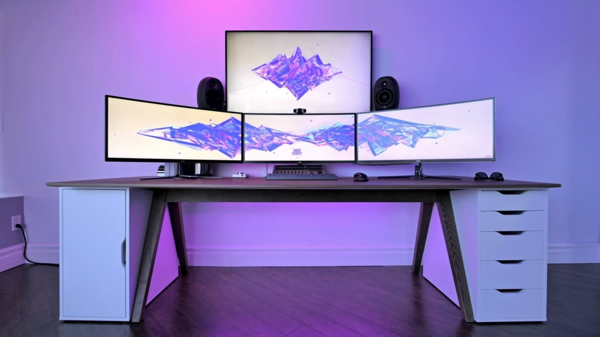 unbox therapy music rig desk