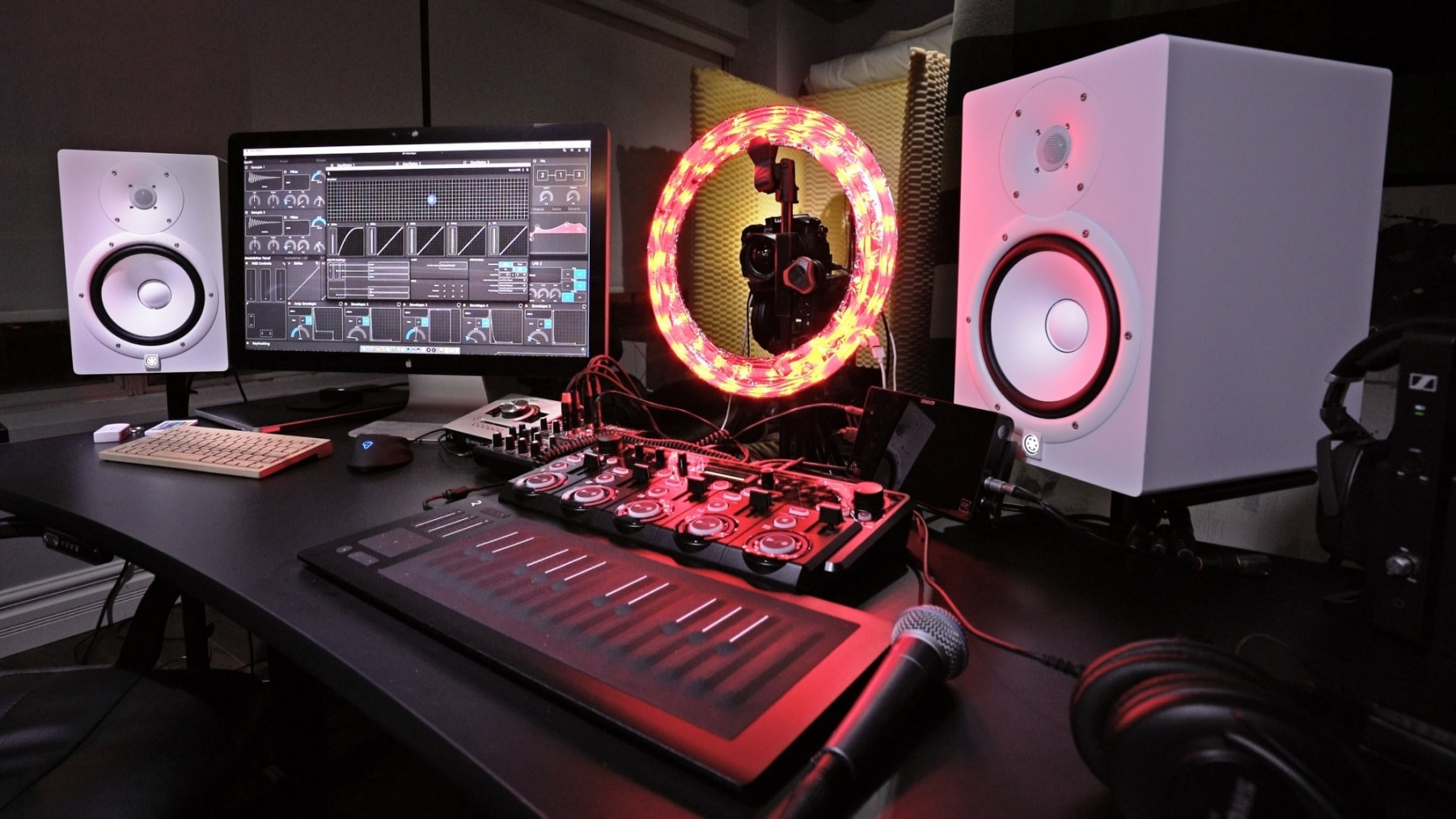 unbox therapy music setup