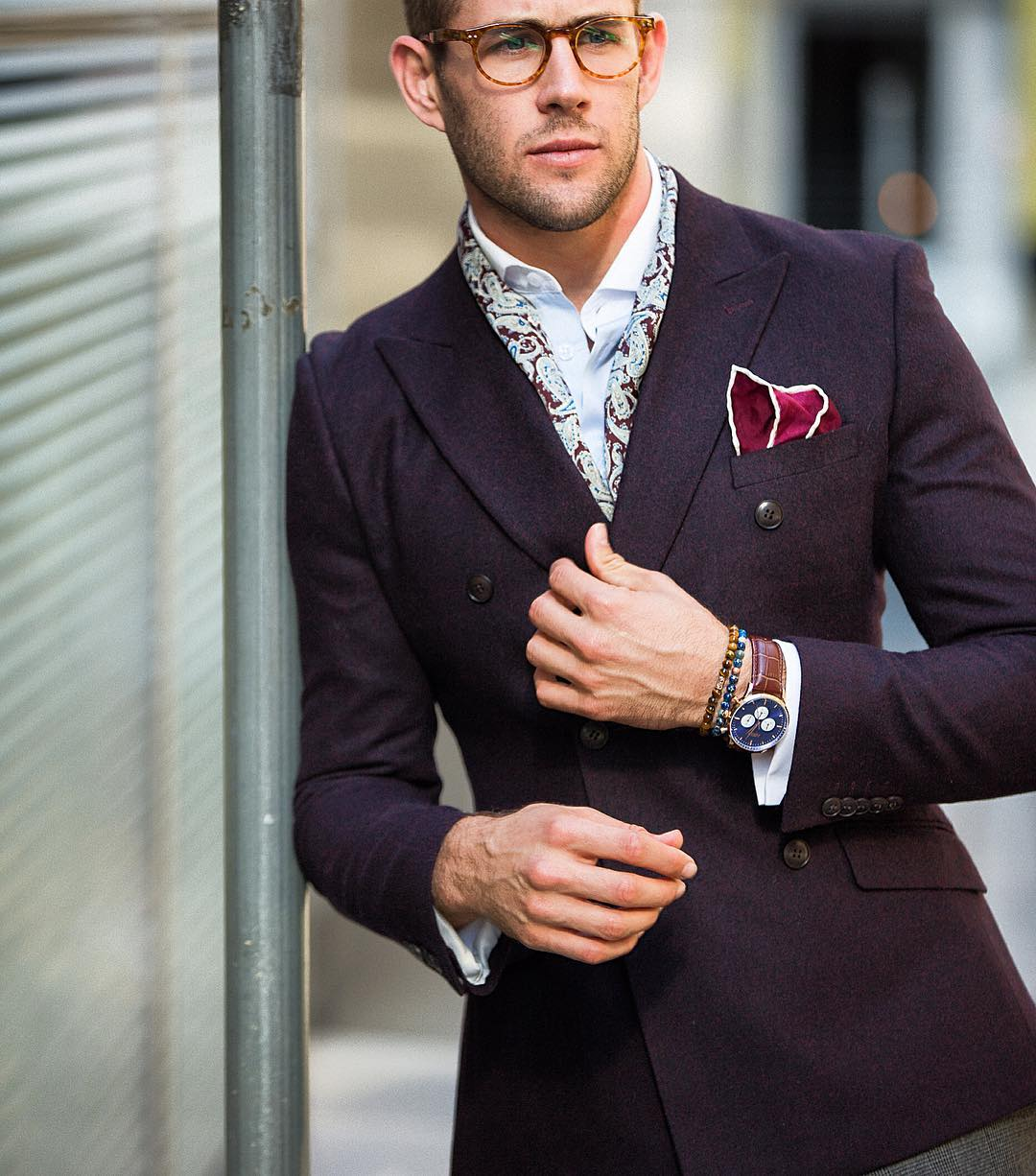 men wear suit with pocket square
