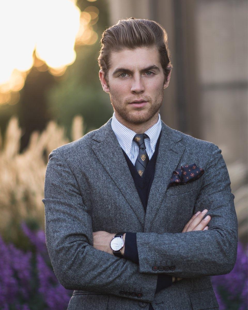 men wear suit with pocket square