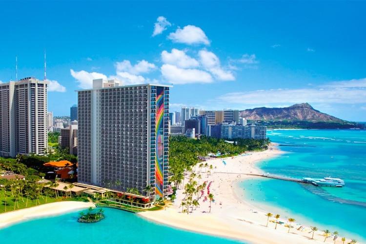 honolulu hawaii rainbow tower