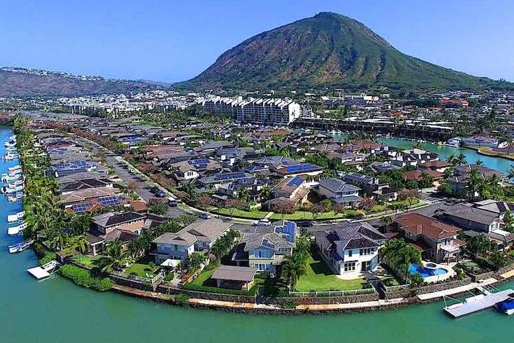 hawai'i kai one of the most opulent suburbs