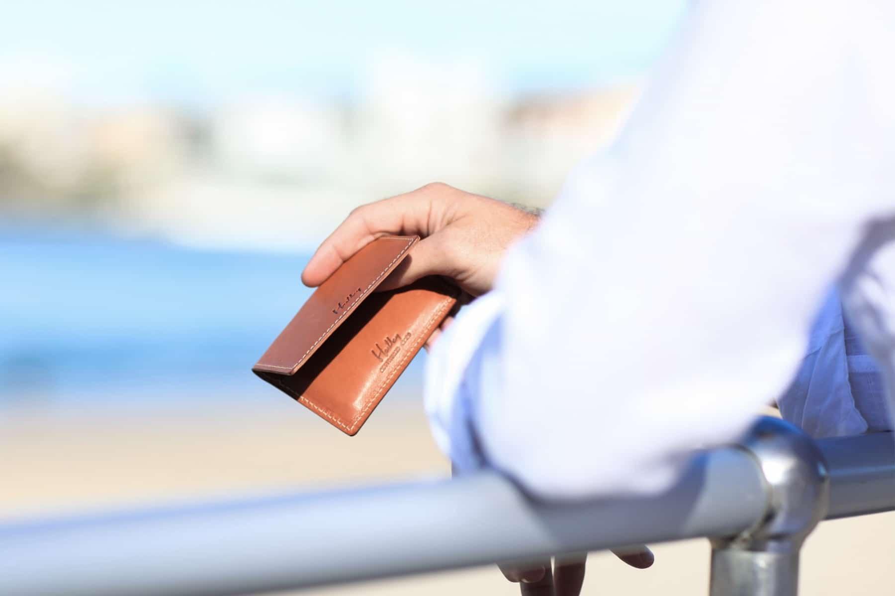 stylish minimalist kangaroo leather wallets