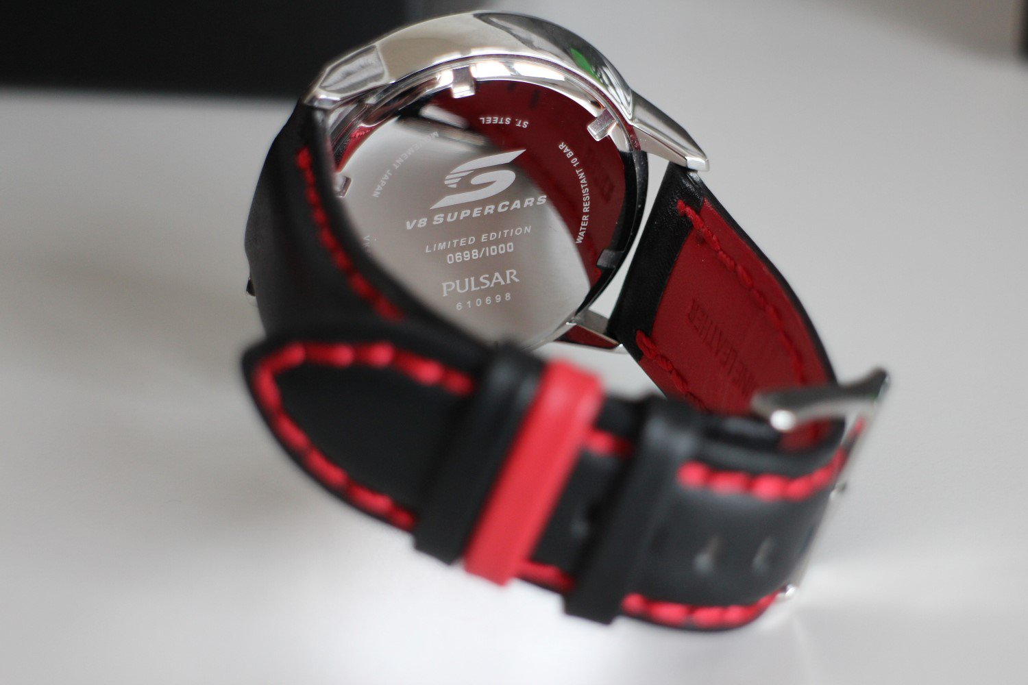pulsar v8 limited edition watch strap