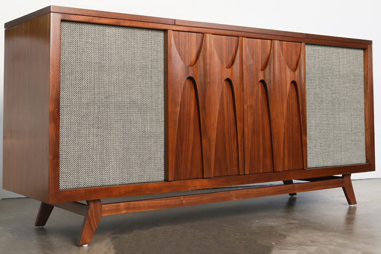 egb2 record console and bar by luno