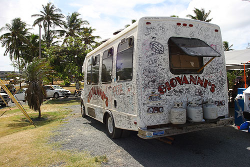 honolulu city giovanni shrimp truck