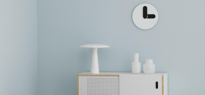 normann copenhagen bold clock