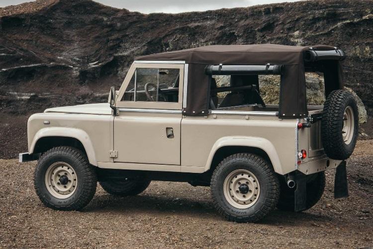 restored defender 90 classy beast luggage jeep