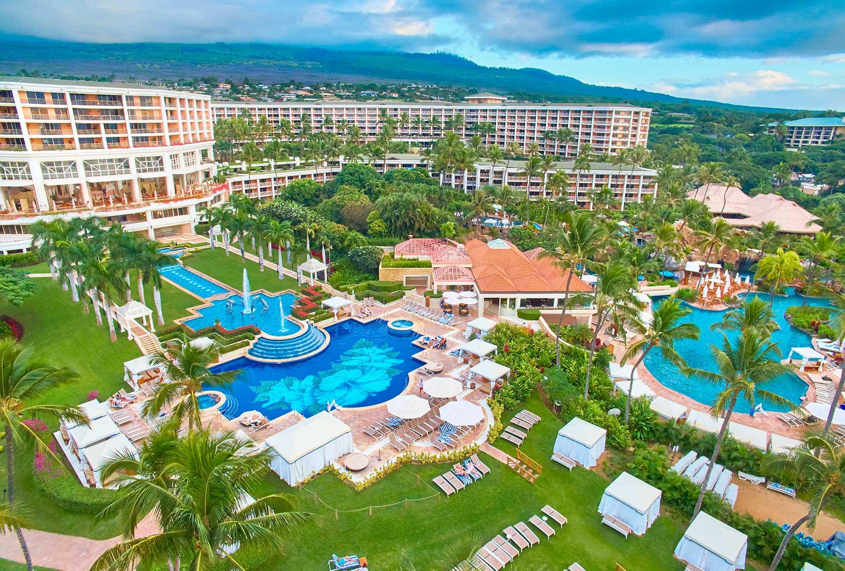 grand wailea insane hotel pool outside view