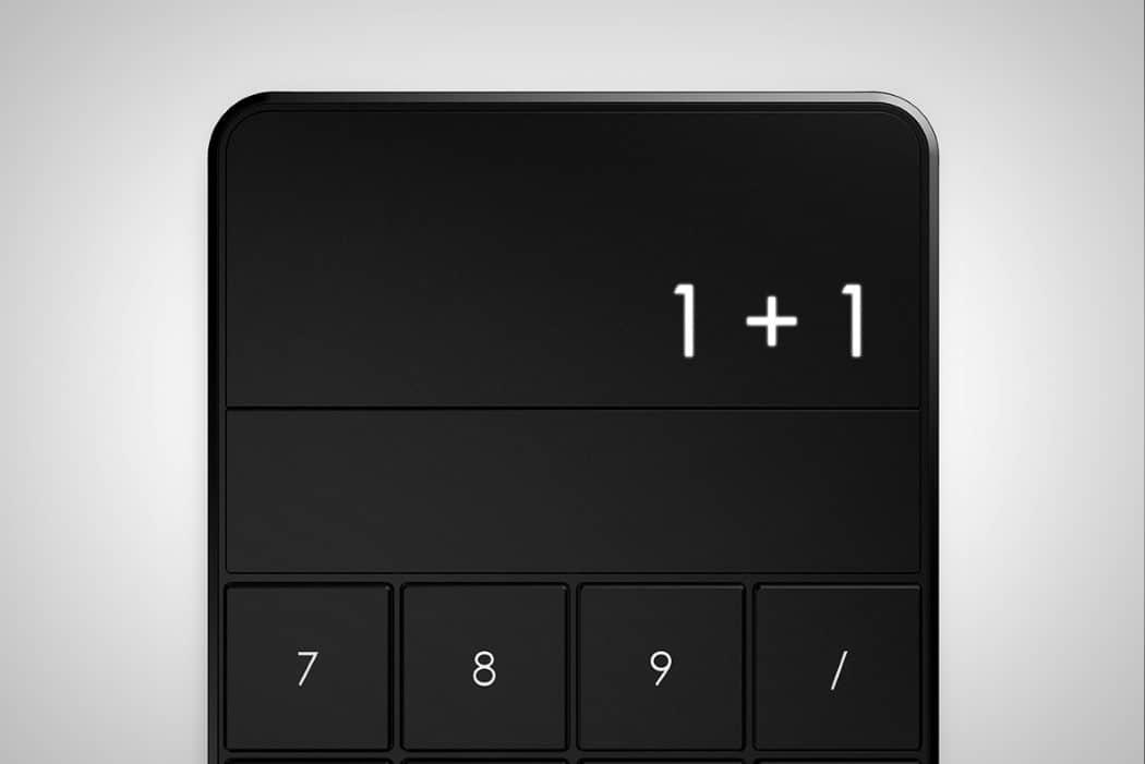 calculator 2.0 black display view