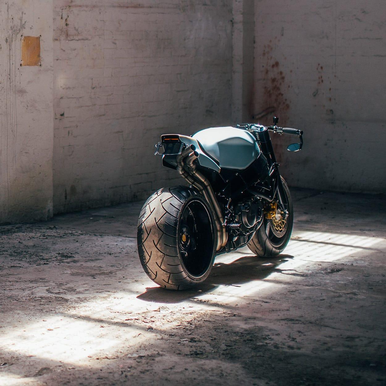 honda cbr fireblade motorcycle back