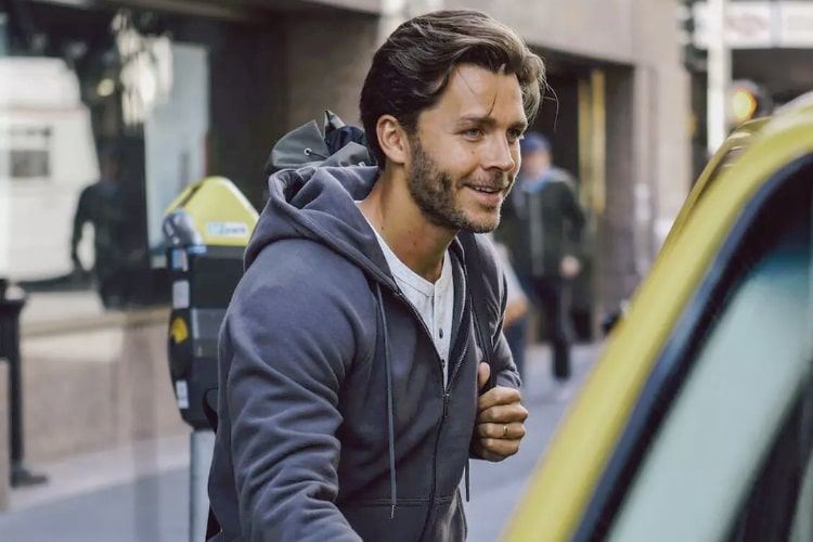 huckberry hoodie by flint and tinder